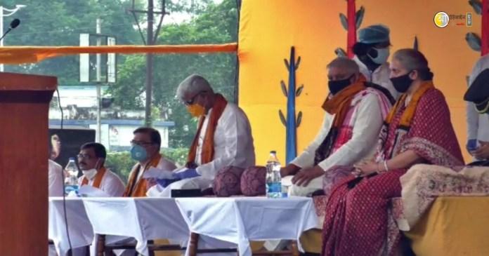 governor-at-plowing-ceremony-at-visva-bharati-santiniketan
