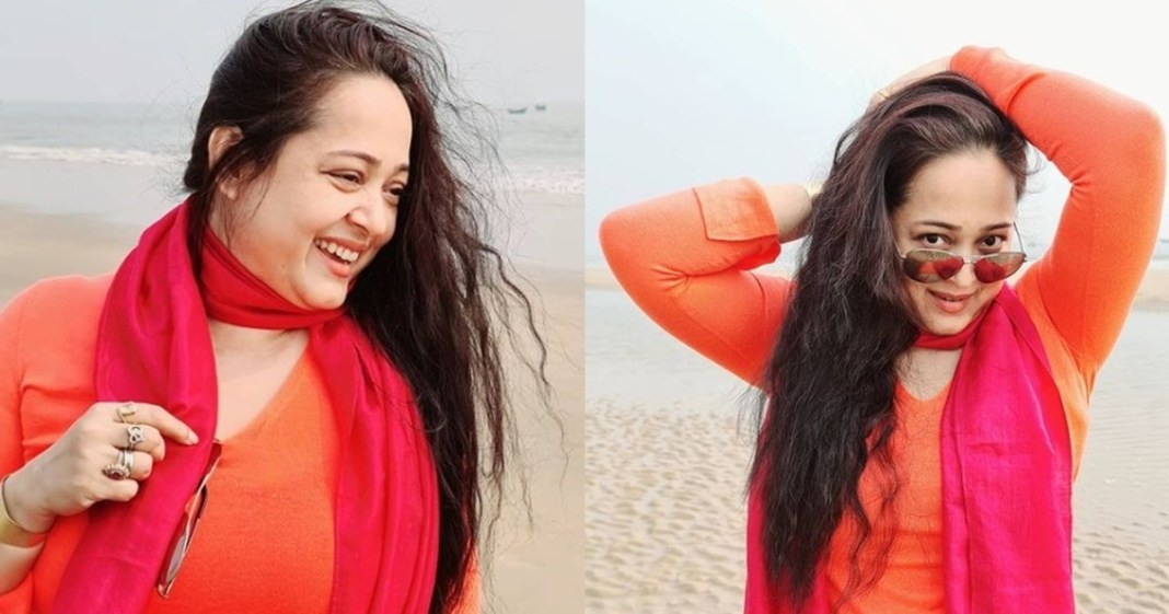 Aparajita Adhya in red swimsuit, see the hot look of the actress