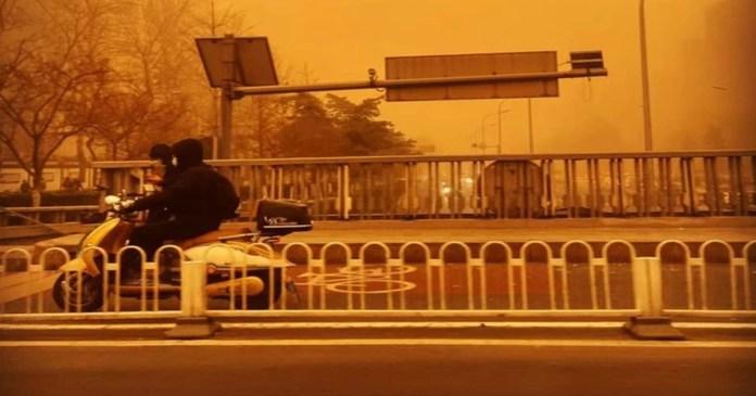 Beijing turns yellow as city sees worst sandstorm