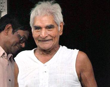 baba amte 20080211 - Baba Amte Biography in Hindi (बाबा आमटे के बारे में पूरी जानकारी)