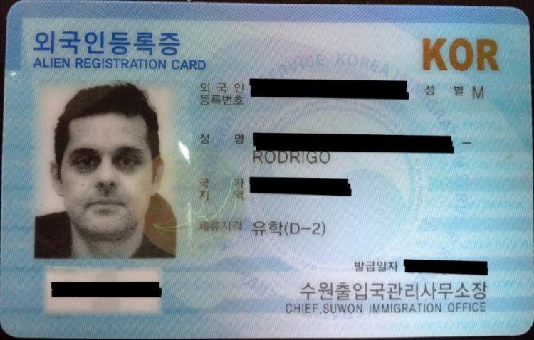 Identidade Estrangeira