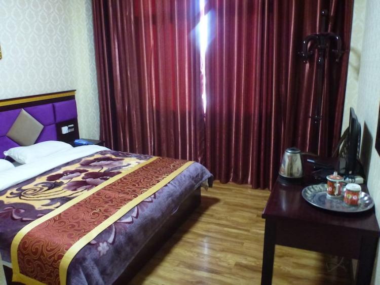 Peace Guesthouse Litang Tibete China hostel