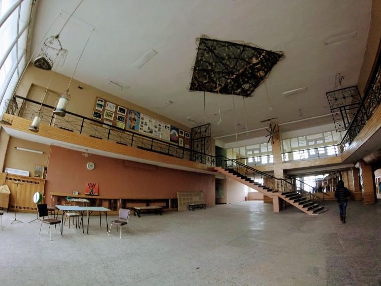 Centro de recreação abandonado Pyramiden Svalbard Noruega
