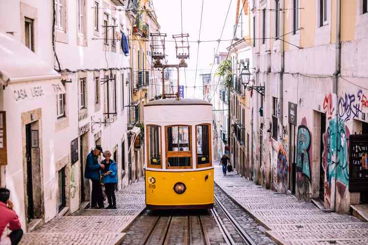 Tips to How to Live in Portugal
