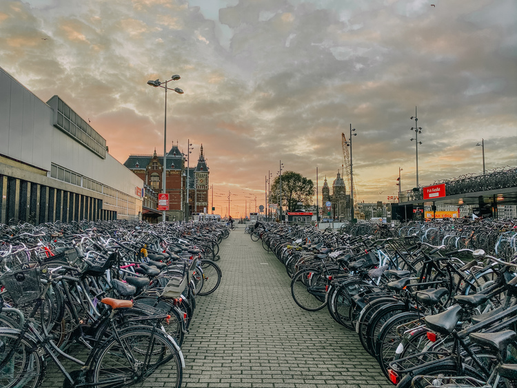Things_to_know_when_Visiting_Amsterdam