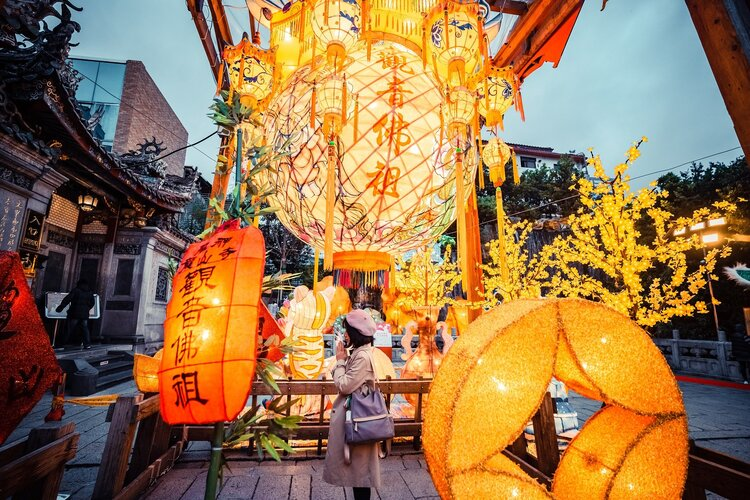 How to Apply for a Chinese Work Visa for Foreigners in Detail