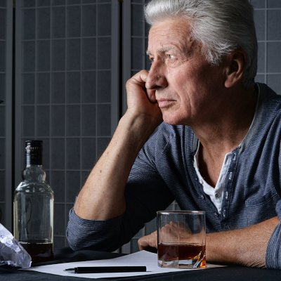 Long-Term Heavy Alcohol Use & Older Adults Don't Mix