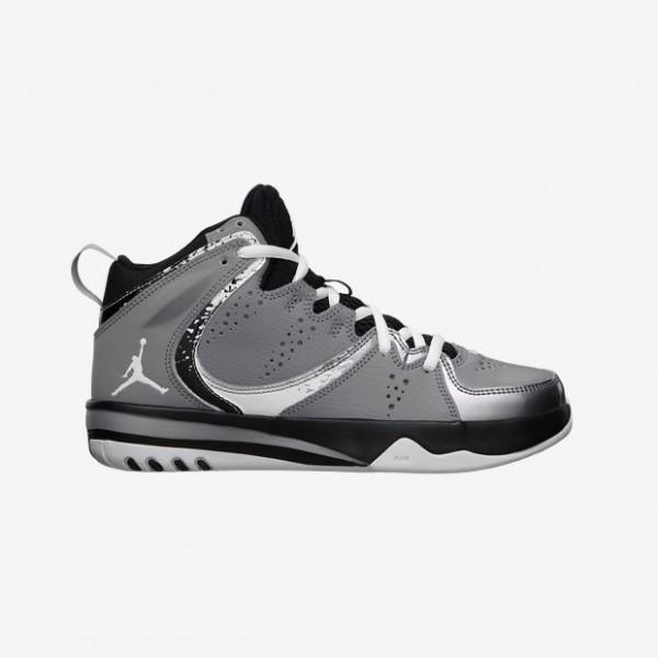 Jordan-Phase-23-2-35y-7y-Boys-Shoe-602672_003_A-600x600