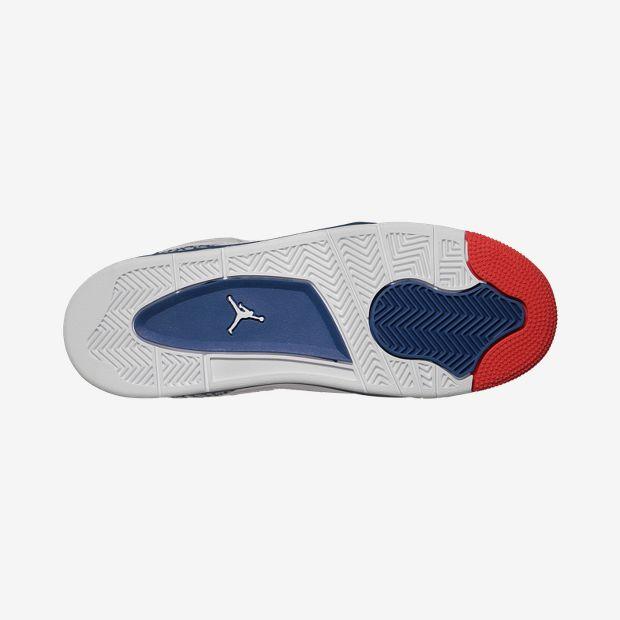 Jordan-Son-Of-Mars-Low-35y-7y-Boys-Shoe-580604_106_B