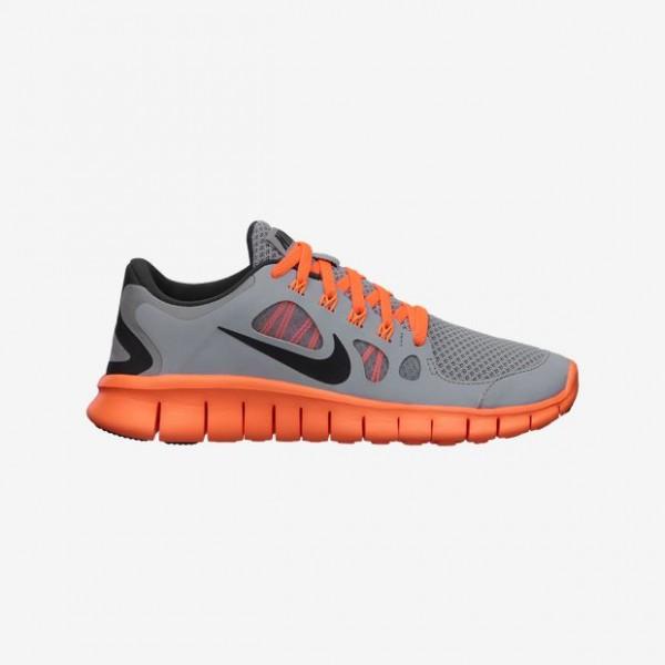 Nike-Free-50-35y-7y-Boys-Running-Shoe-580558_005_A-600x600