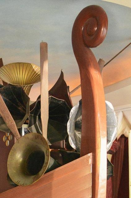 Copper Gate Viking Ship Bar