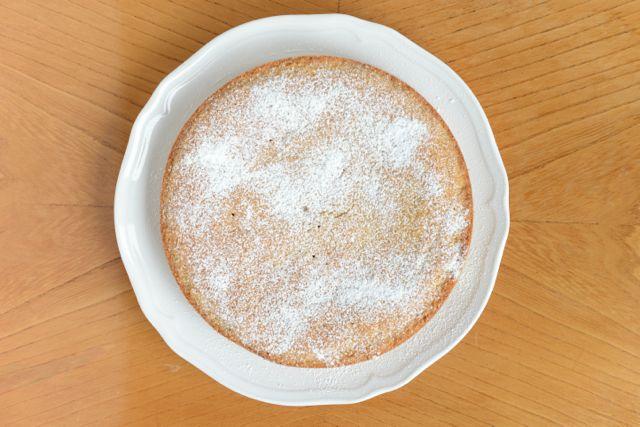 Gluten Free Scandinavian Almond Cake