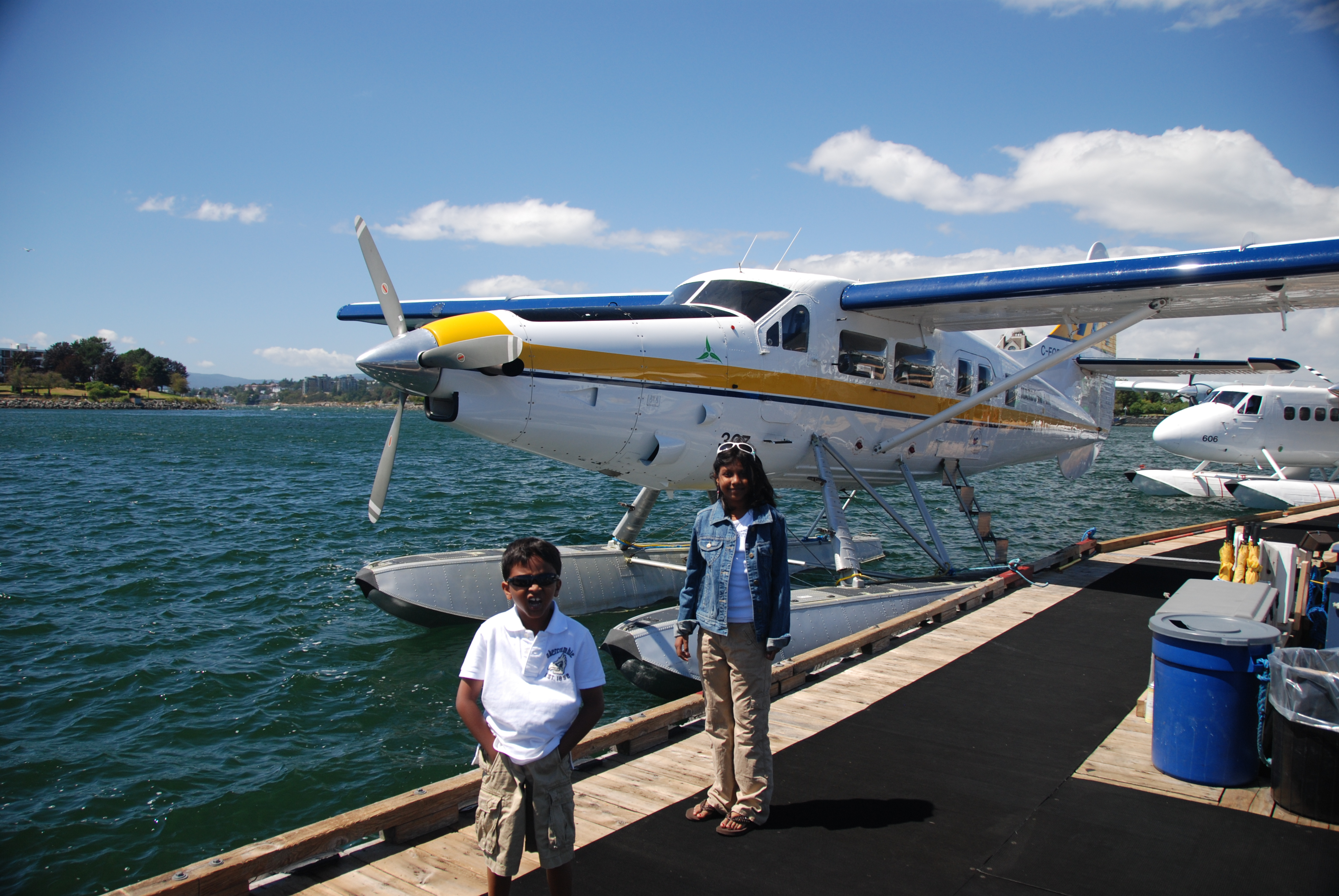 an introduction to seaplanes Seaplane definition: 1 an aircraft that can take off from and land on water2 an  aircraft that can land on and take off from water learn more.