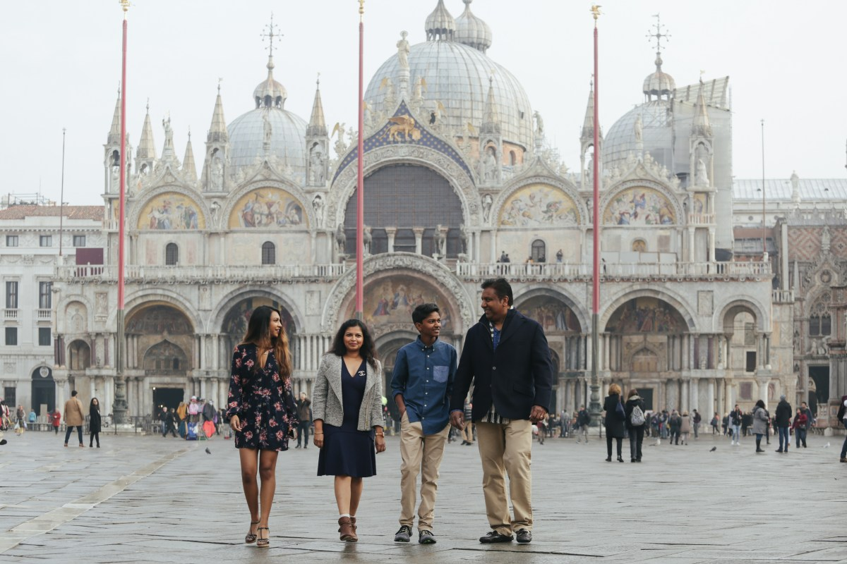 Photo diary : A Family Photo shoot in Venice