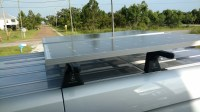 Mounting solar panels on roof rack (for easy removal
