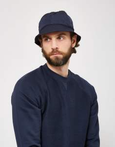 Classic bucket hat Tonal stitching Woven logo on front Crinkled effect Air ventilation holes
