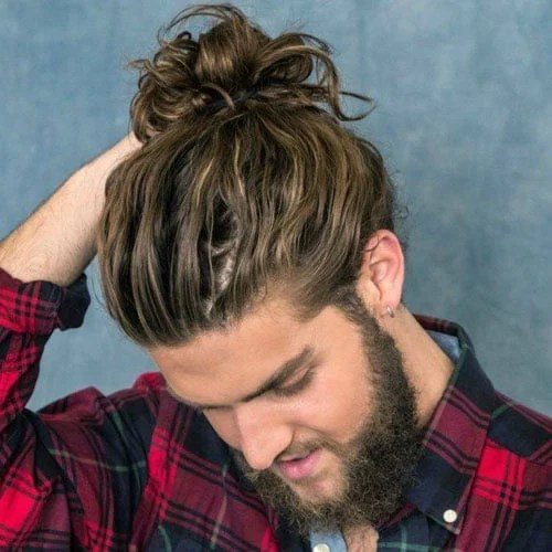 Messy Wavy Mand Bun With Beard