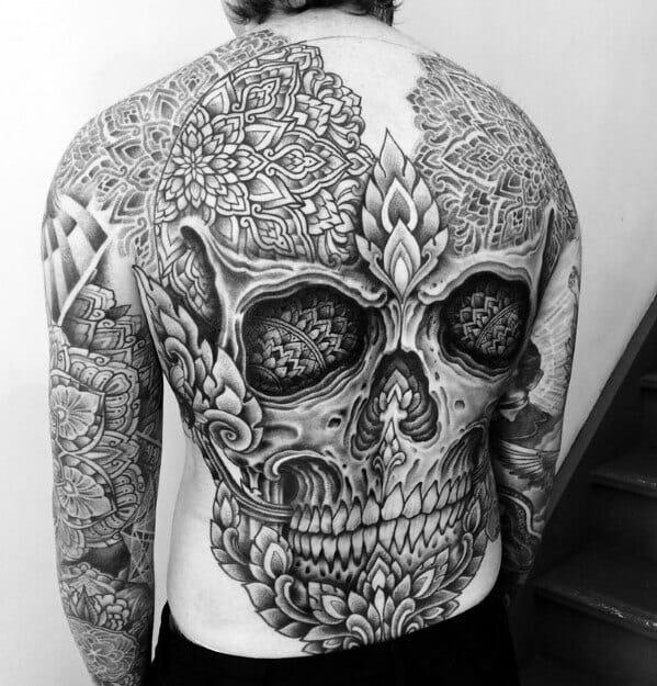 Skull Back Design