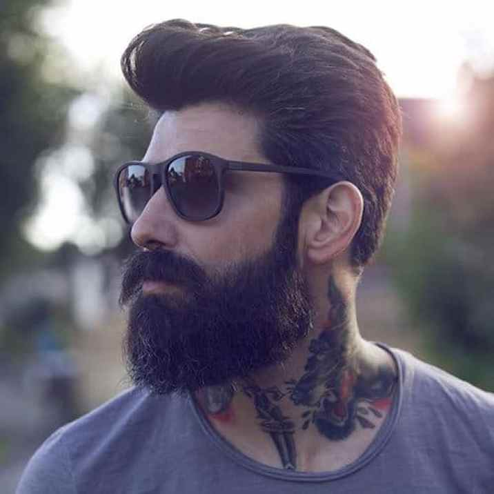 Thick Full Brown Medium Pompadour with Thick Bandholz Beard