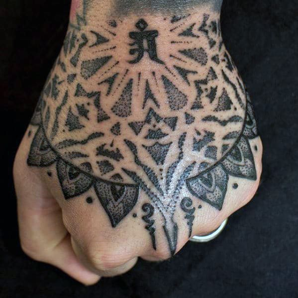 Tribal Hand Tattooo
