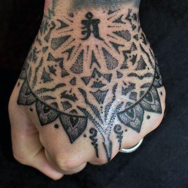 Tribal Hand Tattooo