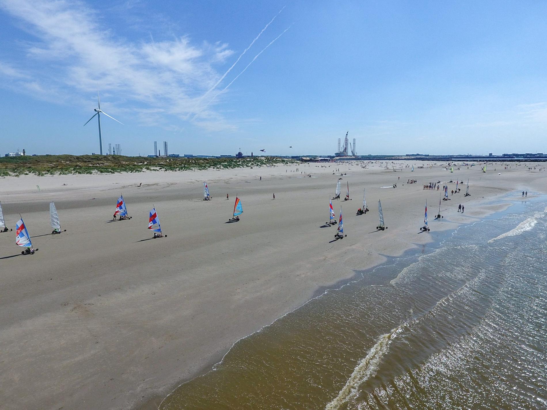 Blokarten op het strand