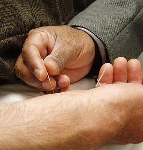 Les médecines douces auront-elles leur conseil de l'ordre ?