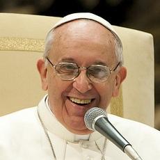 Le pape François veut que l'Église paie ses prêtres
