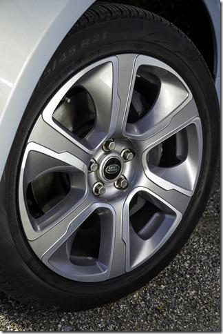 2014 Range Rover Hybrid Media Preview (24)