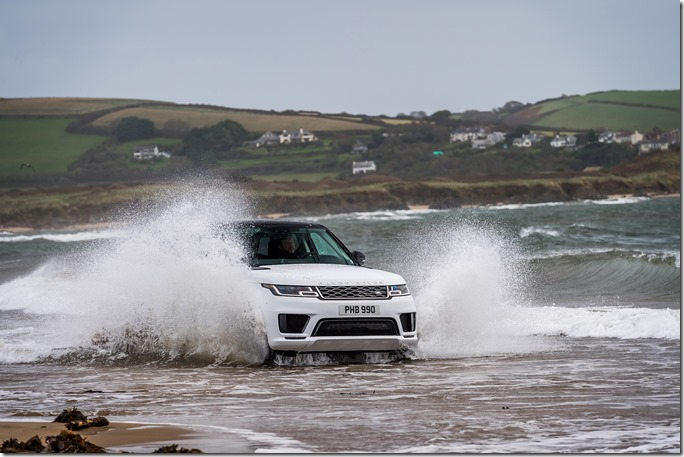 2019 Range Rover Sport PHEV Open Water Challenge (20)