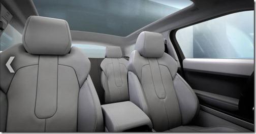 Evoque-Pure---Interior-Roof-Seats