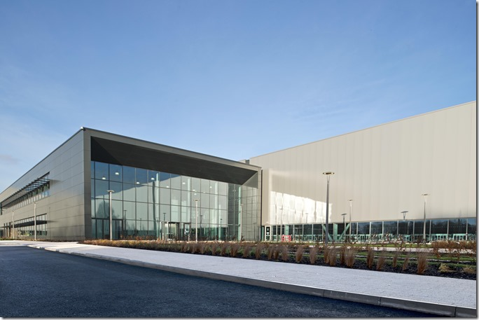 Jaguar Land Rover Engine Manufacturing Center (2)