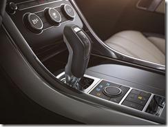 LR_Range_Rover_Sport_Interior_08