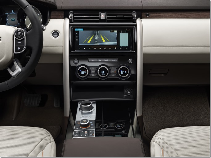Land Rover Discovery - Interiors1 (6)