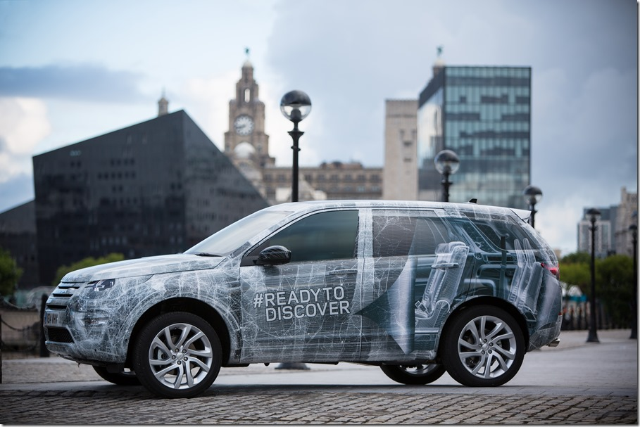 Land Rover Discovery Sport in Camouflage (2)