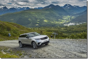 MY18-Velar-Offroad-Norway (2)