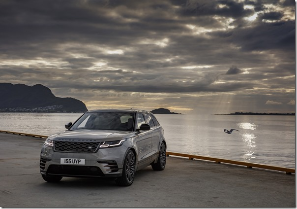 range-rover-velar-first-edition-static (6)