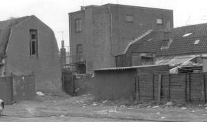 Het Rooie Huissie aan de achterkant zoals het in 1948 nog was.
