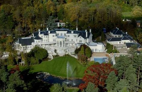 updown-court-surrey-139million-dollar-expensive-mansion