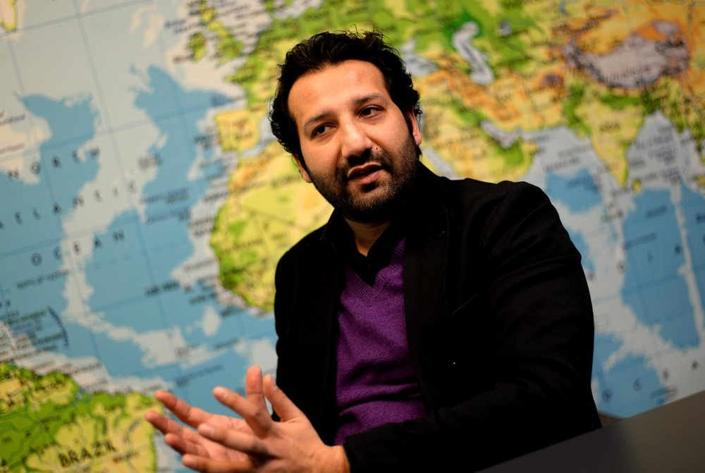 The Norwegian Journalist Kadafi Zaman in detention for third consecutive day in Pakistan