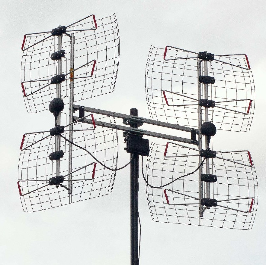 Combining Two HD Antennas for Better Reception - Over The