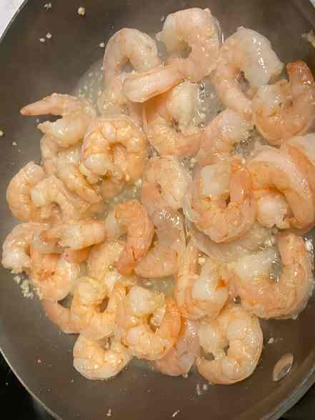 shrimp cooked in pan