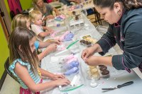 Cake Decorating Classes | Over The Top Cake Supplies
