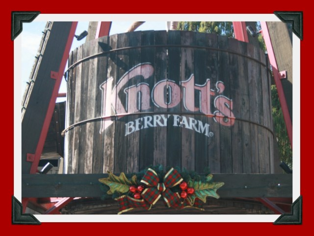 Knotts-Merry-Farm-Water-Tower