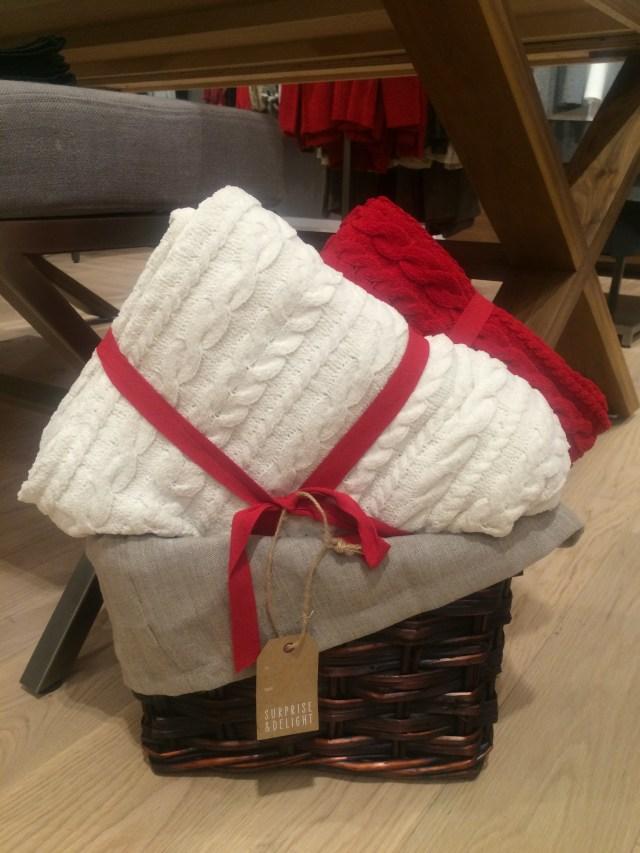chenille-blankets
