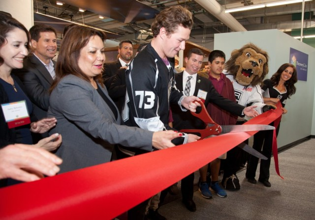 LA Kings' Player Tyler Toffoli Helps Cut the Ribbon for the LA Kings Science of Hockey exhibit at DCLA