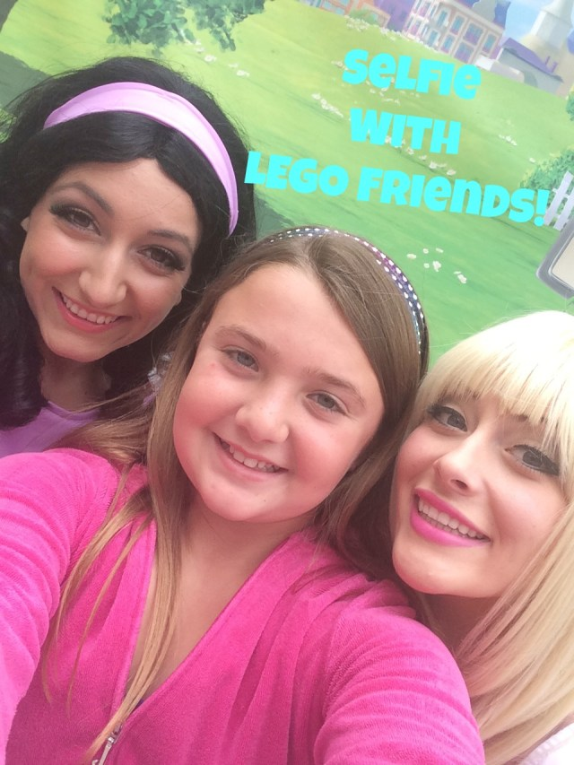 selfie-with-lego-friends