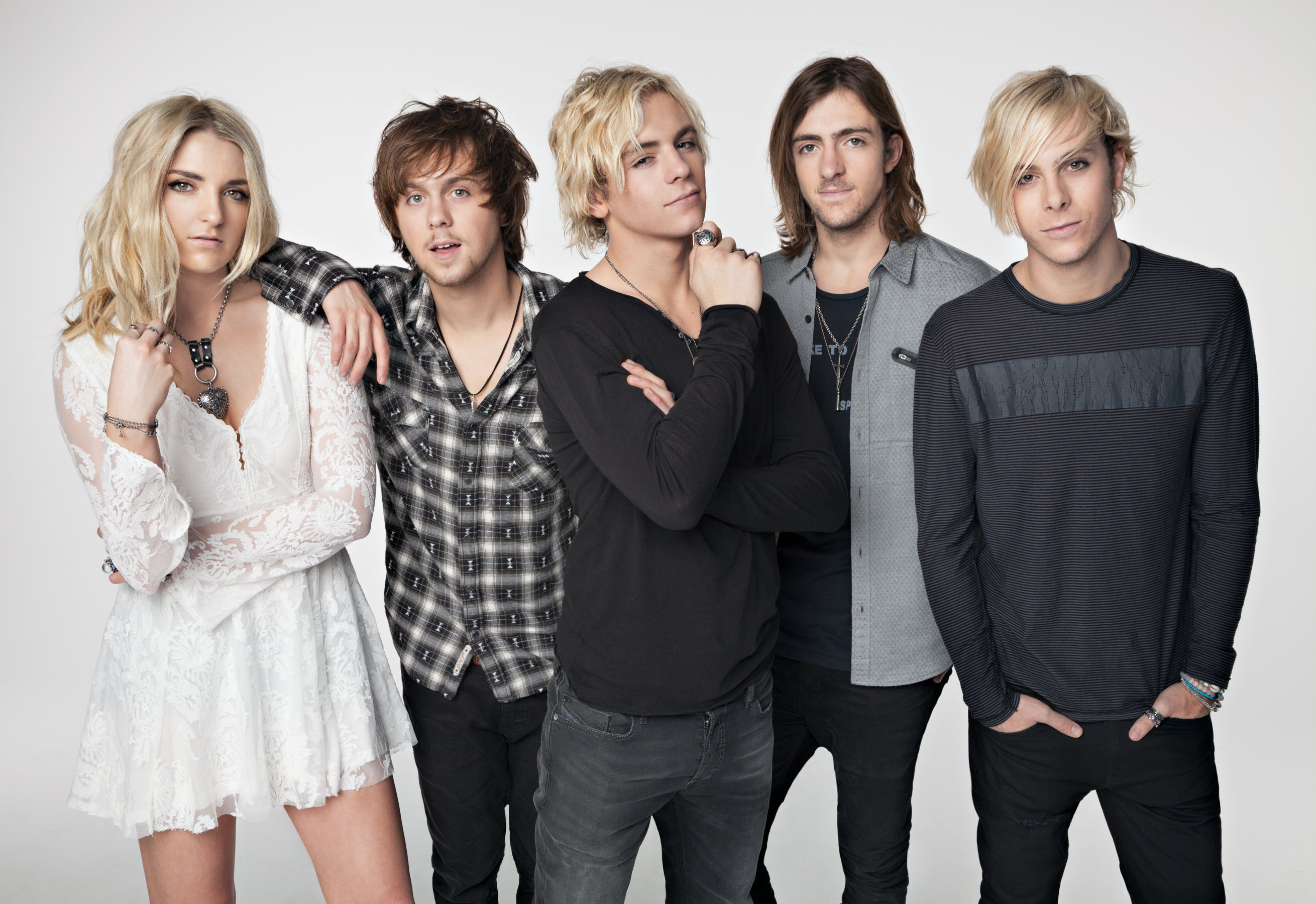 Giveaway win tickets for r5 in concert on 823 at the greek theatre r5 first came together in 2009 and has rapidly emerged as an exciting new voice in the world of pop rock kristyandbryce Images