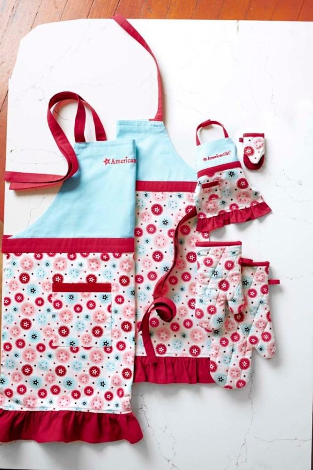 american-girl-aprons