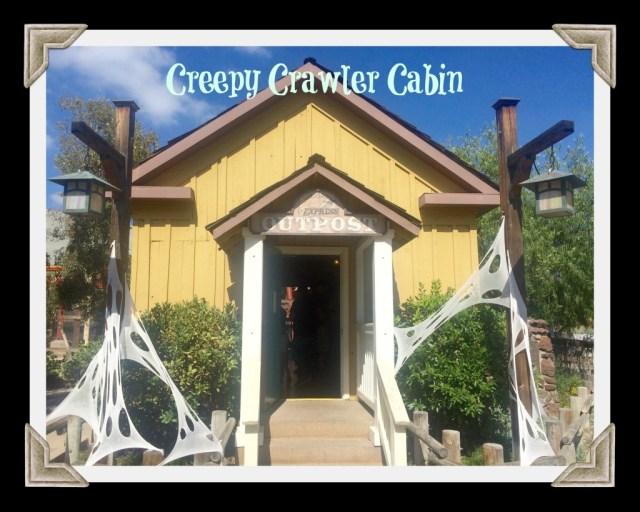 knotts-spooky-farm-creepy-crawler-cabin